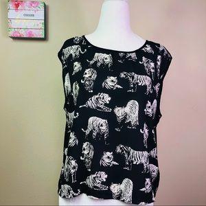 Forever 21 Black Tiger  Print Top Blouse M